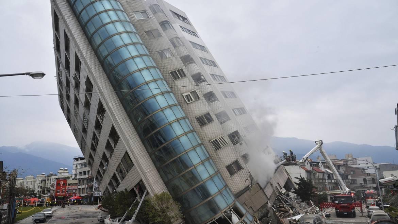 Cum o sa-ti pice blocul la primul cutremur!